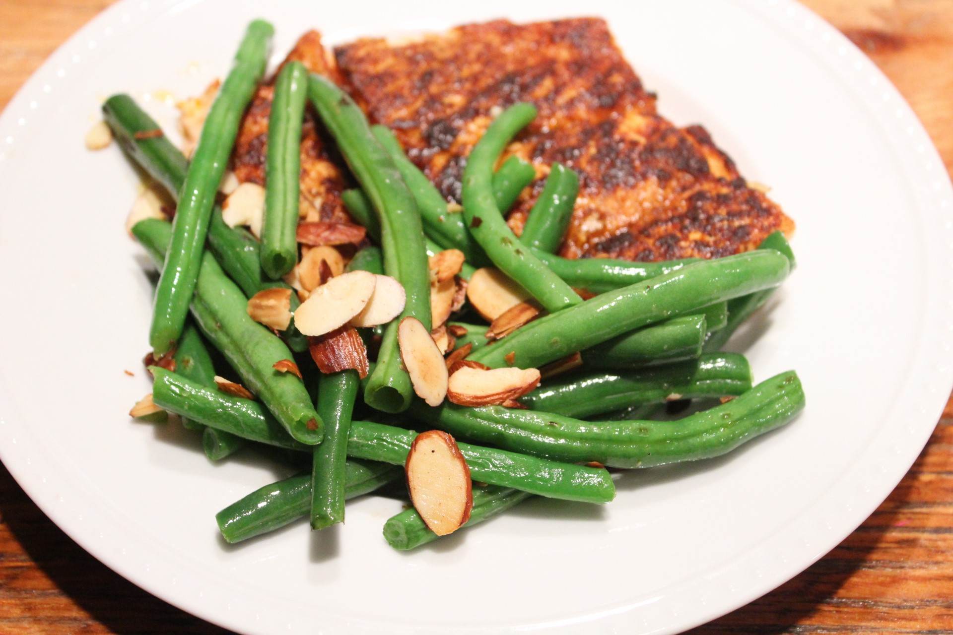 Toasted Almond Green Beans